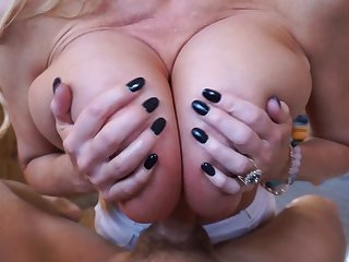Great blowjob session upon stunning fair-haired wholesale Kelly Madison